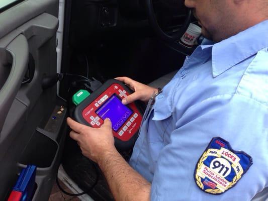 911 Locks