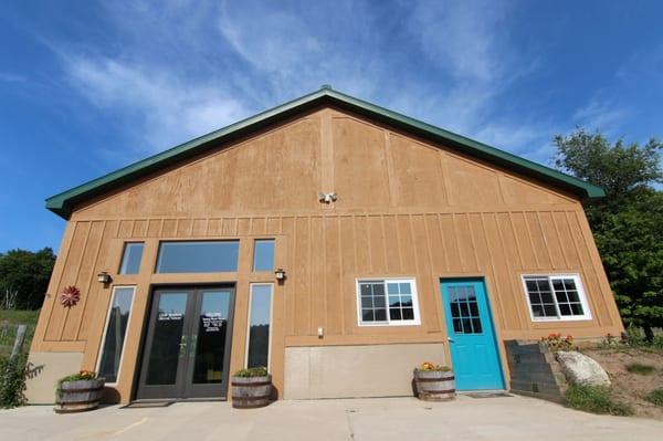 Good Neighbor Organic Farm & Winery