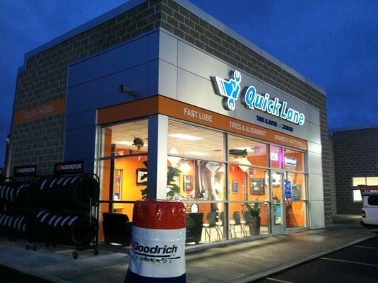 Saukville Quick Lane Tire & Auto Center