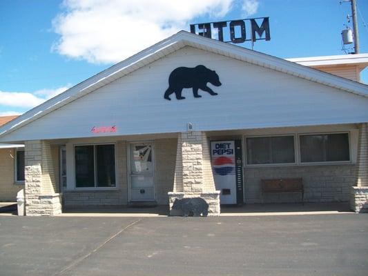 Black Bear Motel