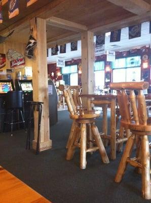 T-Dawgs Sports Bar & Grill