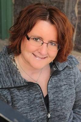 Roxanne Weber, VOA