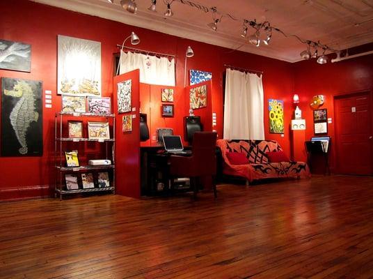 Catawampus Gallery