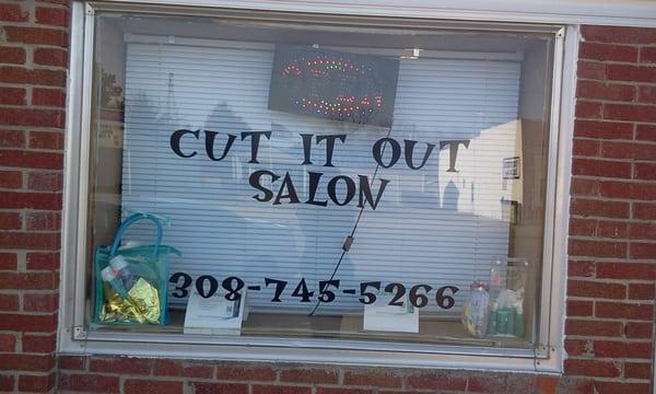 Cut It Out Salon