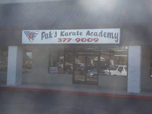 Paks Karate Academy