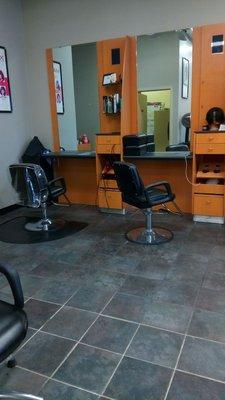 Fancy Cuts Hair Salon