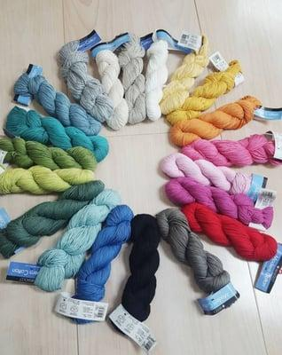 Unraveled-The Chic Yarn Boutique