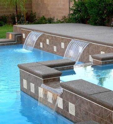 Hydra Sun Pool
