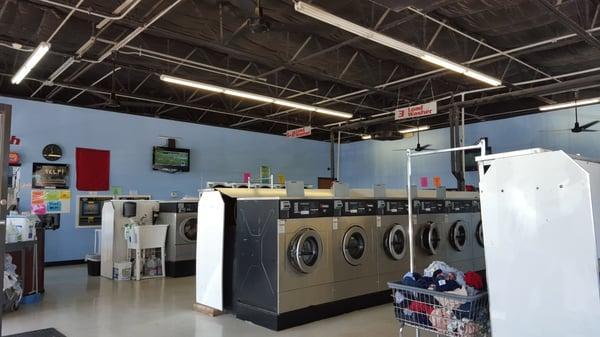 LavaWash Laundry