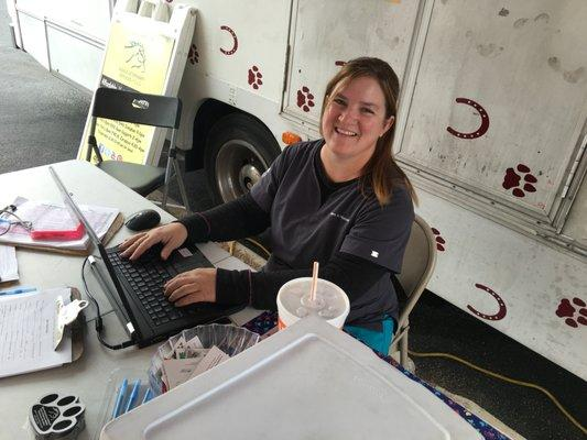 Mesa Veterinary Clinic and Paws N Hooves Mobile Veterinary Services