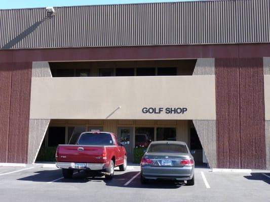 Custom Golf Center