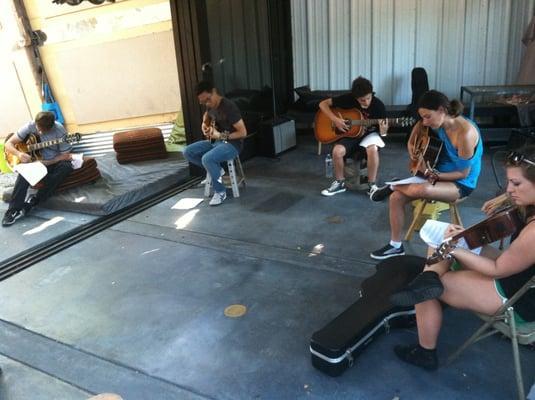 Los Angeles School of Guitar