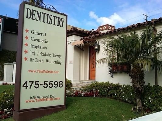 Center for Cosmetic Dentistry
