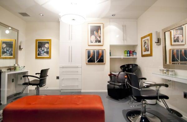 Renée Barnes Hair Studio