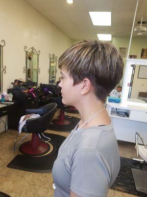 Bunny's CareFree Hair Salon