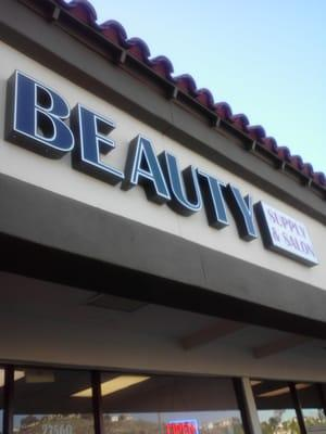 Laura's Beauty Supply - Canyon Country