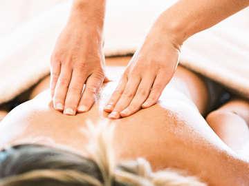 Rejuvenating Therapeutic Massage