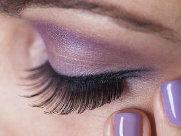 Extend Eyelash Extensions