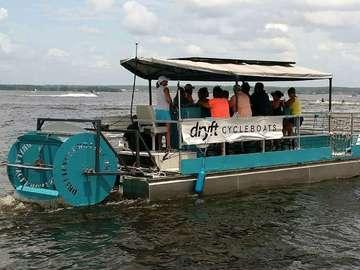 Dryft Cycleboats