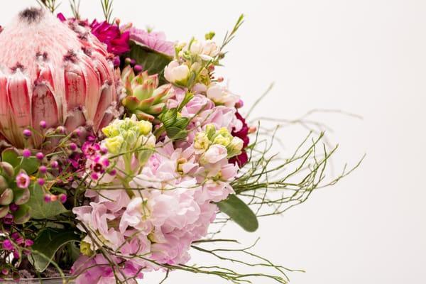 Momentum Floral & Decor