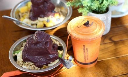 Pura Vida Smoothie, Coffee & Salad Bar