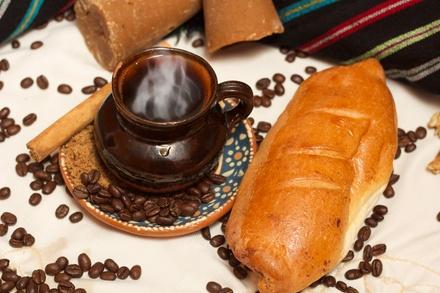 Revolucion Coffee House