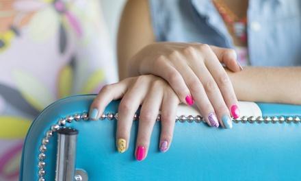 Luz Nails