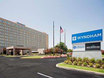 The Wyndham Tulsa and Leapin' Louie's Lagoon