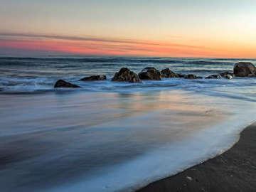 OCEAN SHORES INN & SUITES