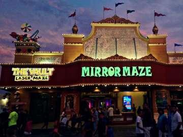 The Wildwood Mirror Maze: Home of the Adventure Maze, The Vault Laser Maze Challenge, & Ti