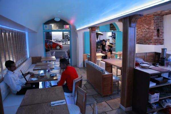 Pi on Sunset Cafe Lounge