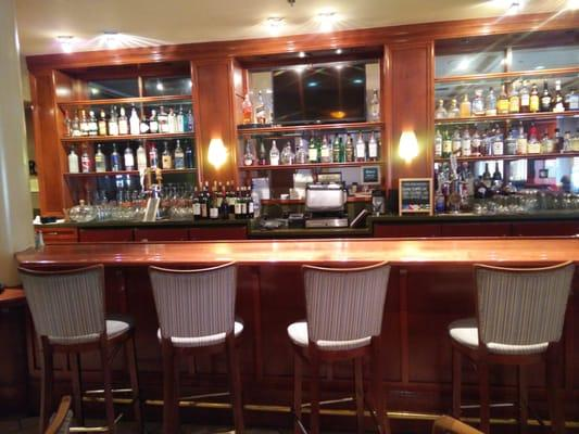 The Bistro Lounge at Four Points by Sheraton Hotel