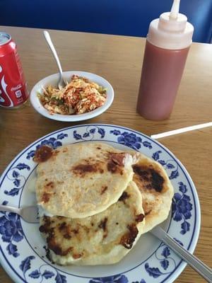 Pupuseria y Restaurante La Llama