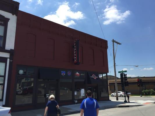 TenPenny Restaurant and Bar