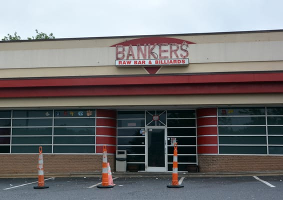 Bankers Raw Bar & Billiards