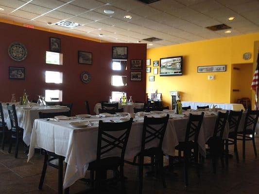 The Dining Room At La Fontana Ristoranti
