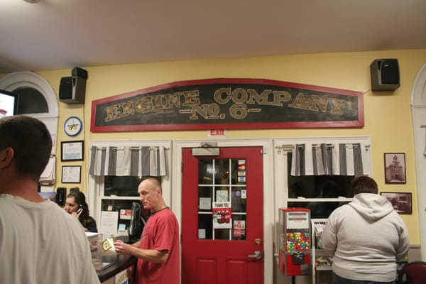 Engine 6 Pizza Co.