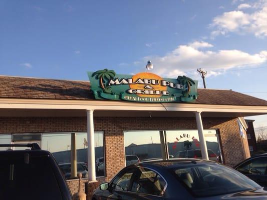 Malabu Pub & Grille