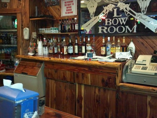 L Bow Room