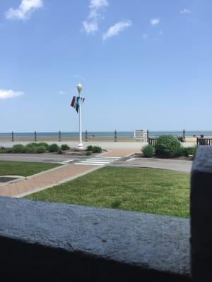 Shoreline Grill