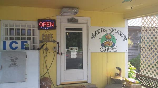Sadie Mae's Cafe