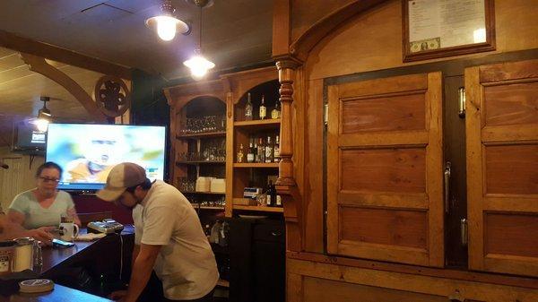 Lear's Main Street Pub & Grill