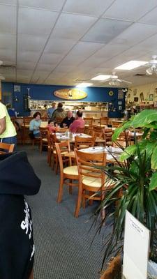 Pudgie Pelican Cafe
