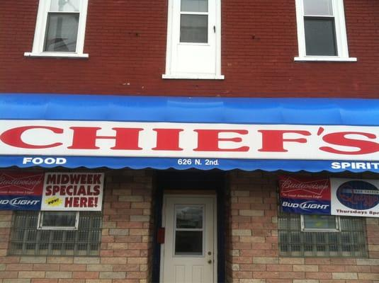 Chief's Bar and Grill