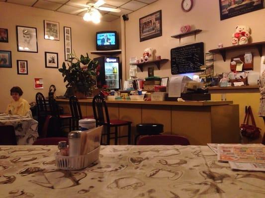 Cousins Cafe