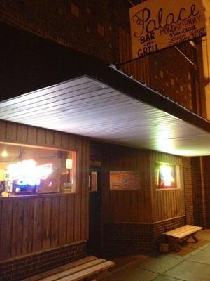 Palace Bar & Grill
