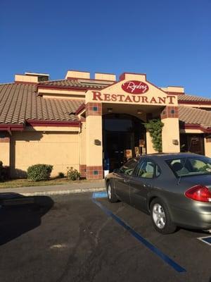 Ryderz Restaurant & Lounge