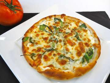 Pizzasrq Restaurant and Catering