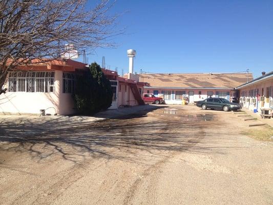 Ponderosa Restaurant & Motel