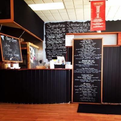 DAGWOOD Signature Sandwich Shop